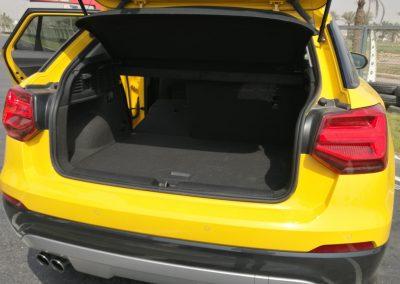 8- سعة 405 لتر للصندوق الخلفى قابلة للزيادة بطى المقاعد الخلفية
